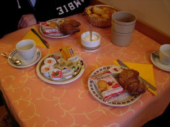Hotel Canada Venezia: petit déjeuner