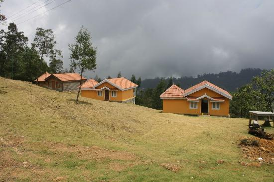 Surya Holidays Kodaikanal: Outside