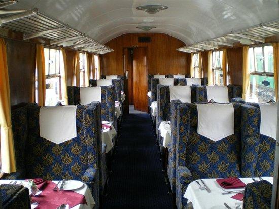 The Mid Hants Railway Watercress Line : watercress Belle General Interior View Coach 3067  Sage