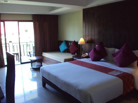 Khao Lak Emerald Beach Resort & Spa: beds