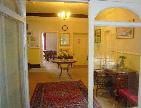 Culloden House: Hallway