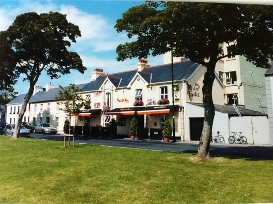 The Malin Hotel - View from the lovely green