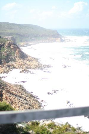 Plettenberg Park Hotel & Spa: View from above the hotel on one of the trails