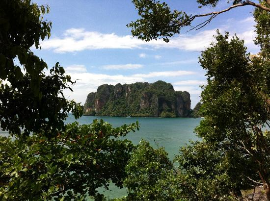Railay Great View Resort and Spa: View from the pool area