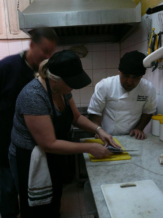 Chilean Cooking Class And Anti-tours For ValparaÌso .