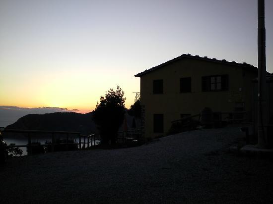 Locanda Valeria: La locanda al tramonto
