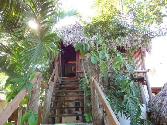 Aerolito Tulum: Upstairs to bedroom