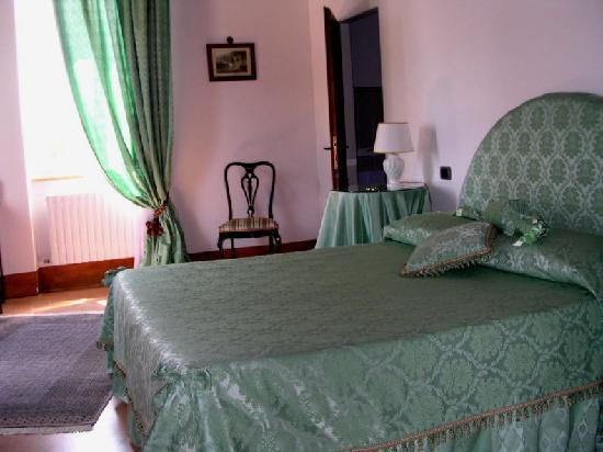 Villa San Nicolino: The Green Room