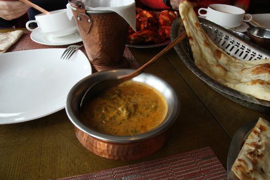 Om Restaurant & Bar: Palak Paneer