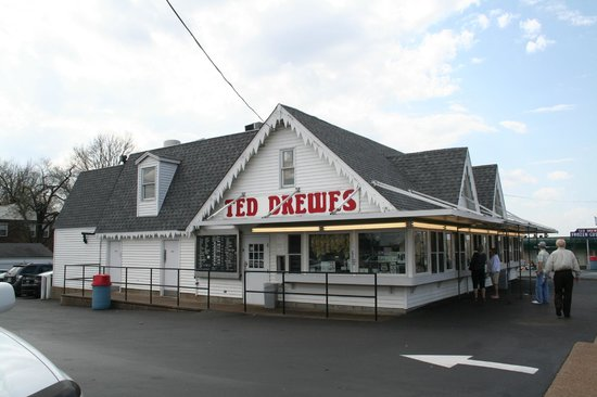 ‪Ted Drew's Frozen Custard‬