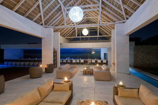 Emanya@Etosha: Lounge