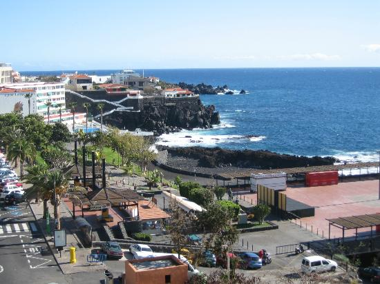 Dragos Del Sur: The view from our 5th floor room