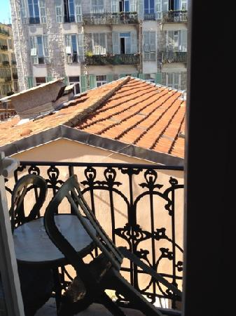 Hotel Lepante: view away from street