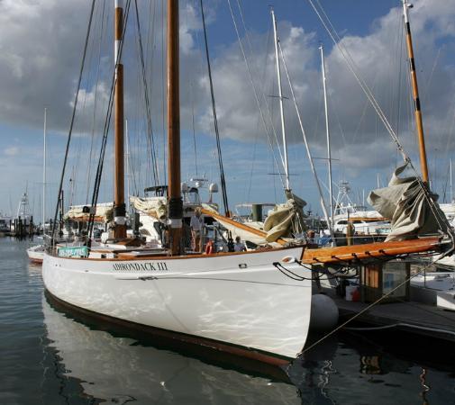 Classic Harbor Line: Behing Schooner Warf Bar.