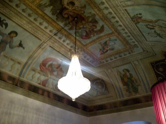 Villa Roncalli : sala ristorante 2