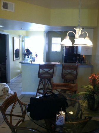 Vacation Villas at Fantasy World II : standing in the livingroom pic out to dining area and kitchen