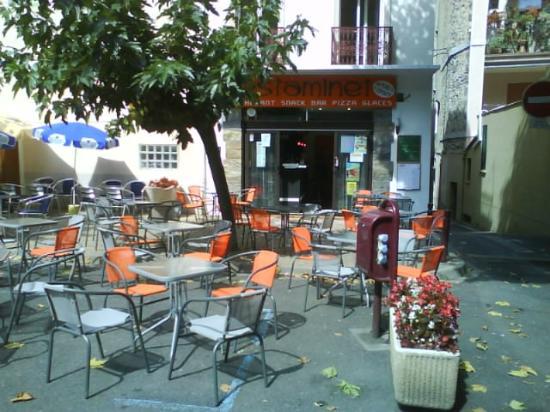 L'Estaminet: l'établissement et sa terrasse