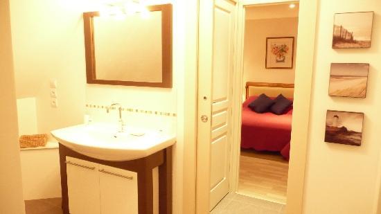 Le Clos du Cap : Salle de douche le Blanc Nez