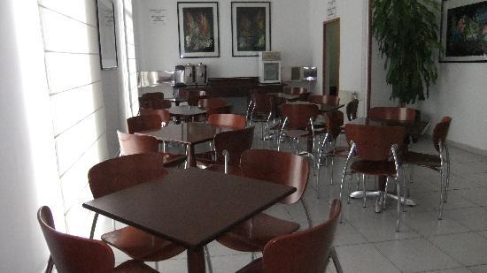 Hotel Monegal: Breakfast room