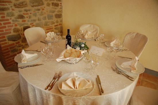 Monte San Savino, Italia: tavolo