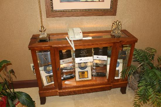 Hampton Inn Litchfield : All of the corporate awards this hotel has received