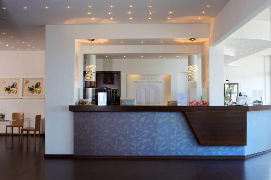 地中海飯店及會議中心