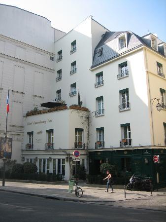 โรงแรมลักซัมเบิอร์ก พาร์ค: The terrace