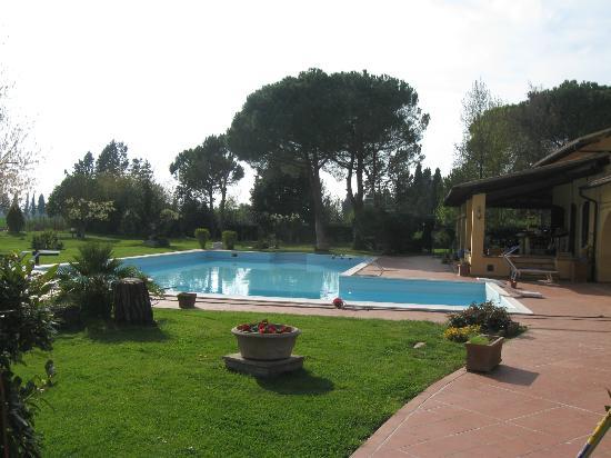 Podere San Paolo: cosa dire...piscina e aperitivo al tramonto.