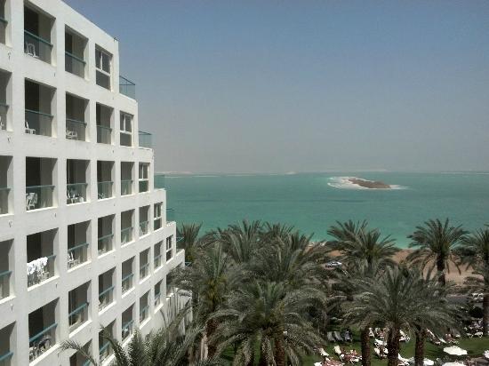 Isrotel Dead Sea Hotel & Spa: Vista desde la habitacion