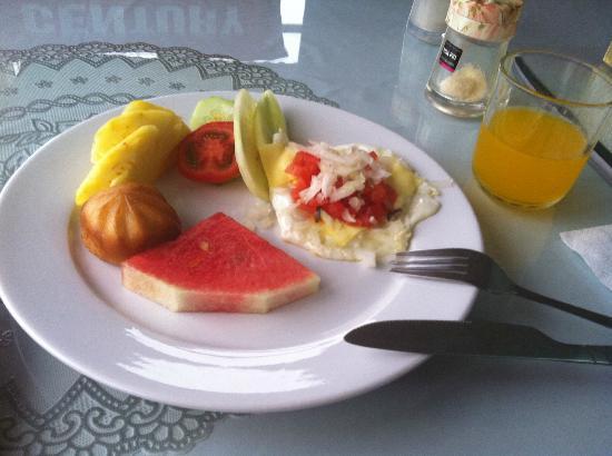 Hanoi Century Hotel: colazione - ma la foto è migliore della realtà