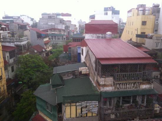 Hanoi Century Hotel: vista dalla sala colazione