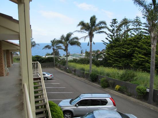 Twofold Bay Motor Inn: View from upstairs room