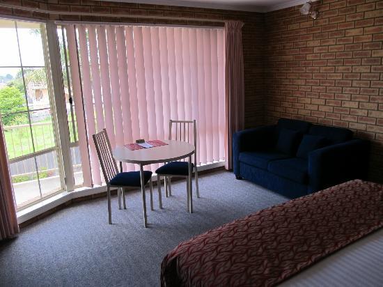 Twofold Bay Motor Inn: Sitting area