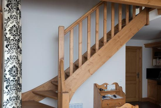 Residence & Spa Vallorcine Mont Blanc: Stairs in a duplex apartment