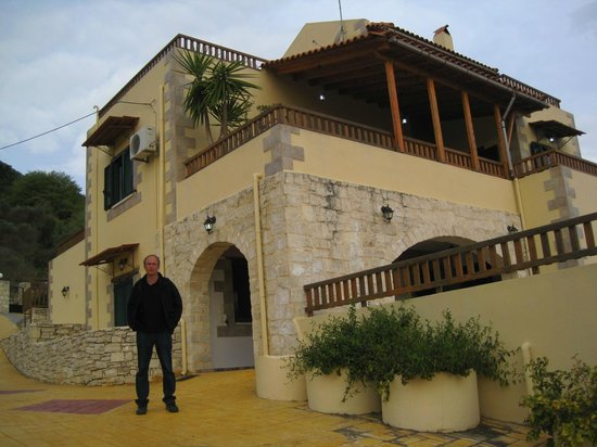 Stratos Villas: The overall look