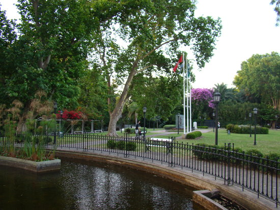 Tigre, Argentina: Plaza Intendente Ubieto
