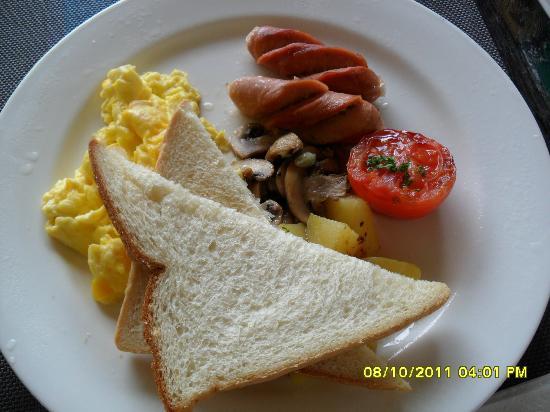 Kiss Bali: breakfast