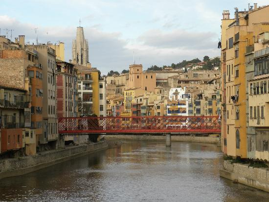 Bellmirall: Gerona view of bridge