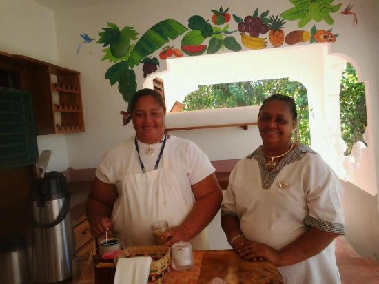 Coral Cove Resort: Wonderful Staff