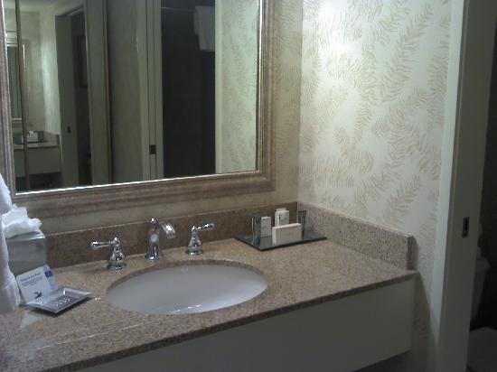 Hilton San Diego/Del Mar: salle de bain