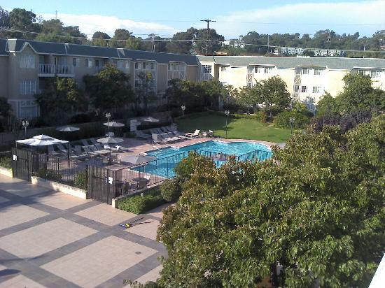 Hilton San Diego/Del Mar: balcony view