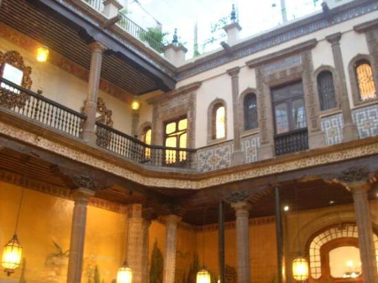 Sanborns de los azulejos mexico city centro historico for Sanborns azulejos mexico city