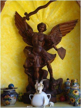 Meson de la Cofradia: El Arcángel Miguel patrono del Mesón