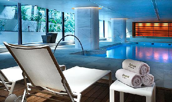 U spa royal hideaway sancti petri cadiz spain updated for Piscina climatizada