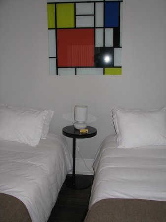 Cosme Guesthouse : bedroom - can be made as two beds or as one