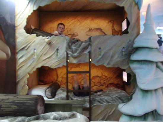 Alton Towers Hotel Ice Age Room