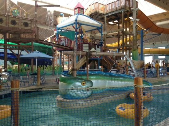 Blue Harbor Resort: Very nice waterpark for the kids