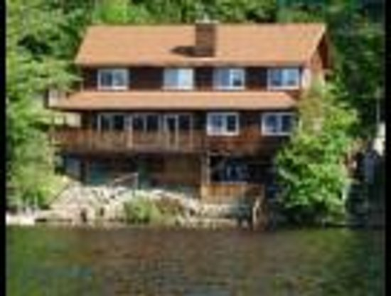 Adirondack Lakefront Homes