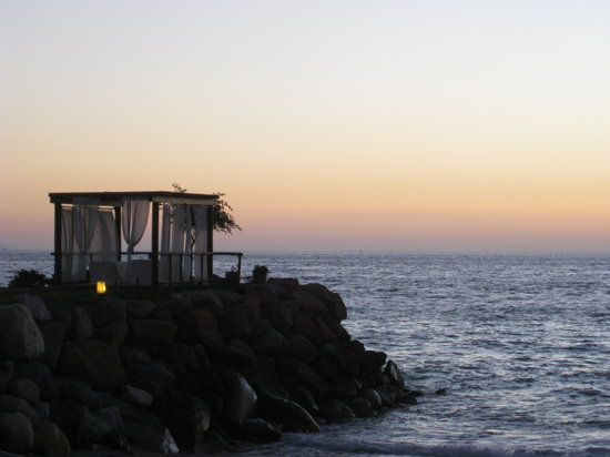 Sheraton Buganvilias Resort & Convention Center: The wedding jetty during sunset