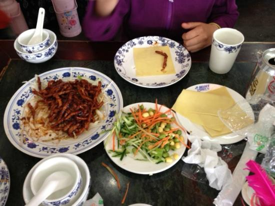 BeiJing JingWei Mian DaWang (DiAnMen): Noodle King , Beijing, Dianment st, menu fortunately has pictures
